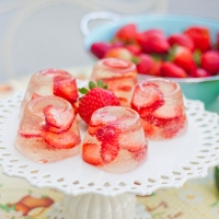 Champagne Strawberry Jello