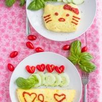 Omurice, 蛋包飯 or Japanese Omelette
