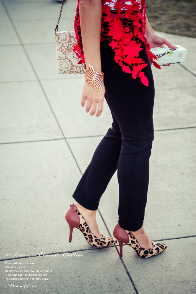 Red Lace & Black Jegging